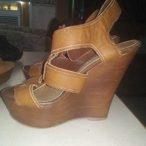 Steve Madden brown heels